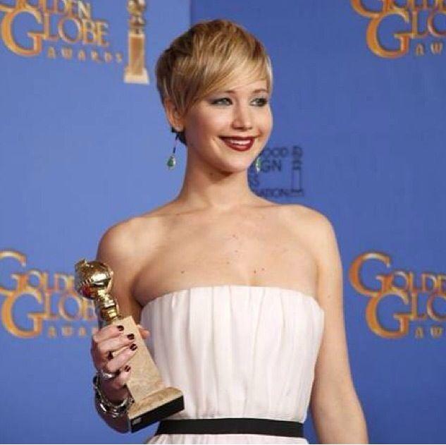 <p>Deborah Lippmann polished Golden Globe winner Jennifer Lawrence's nails in Bitches Brew. Image via @deborahlippmann.</p>