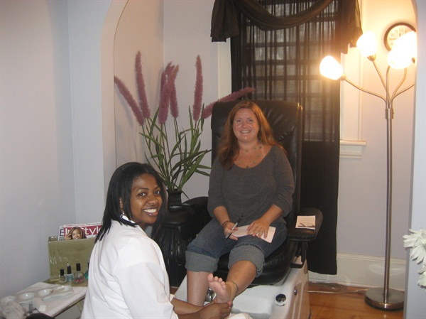 At Zoe Nails in Charlotte, N.C. with salon owner Wanda Belk.