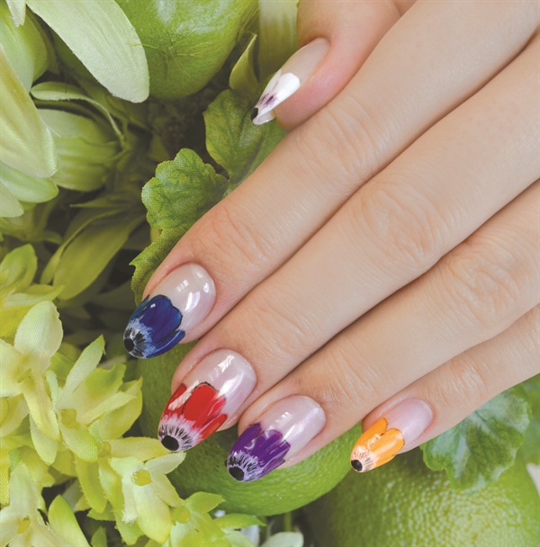 <p>Nails by Mana Shimada, Ci:Z International College student, Tokyo</p>