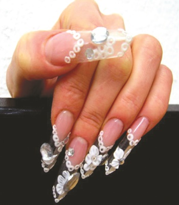 More adventurous shapes are popular among the younger clientele of Nagelatelier Exquisit.