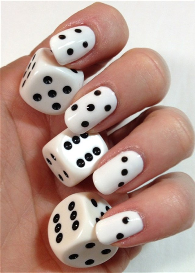 Via Nail Art Gallery