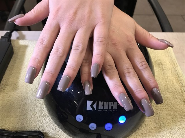 I complete this fill with gel-polish.
