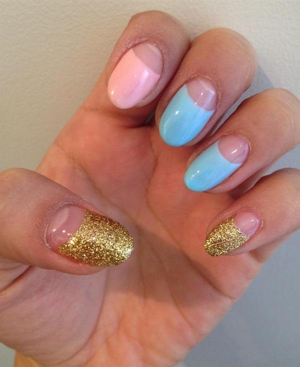 Light Pink Glitter Nail Polish Apply Gold Glitter Nail Polish