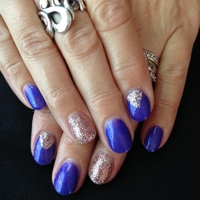 Day 13: Glitter Accent Nail Art - - NAILS Magazine