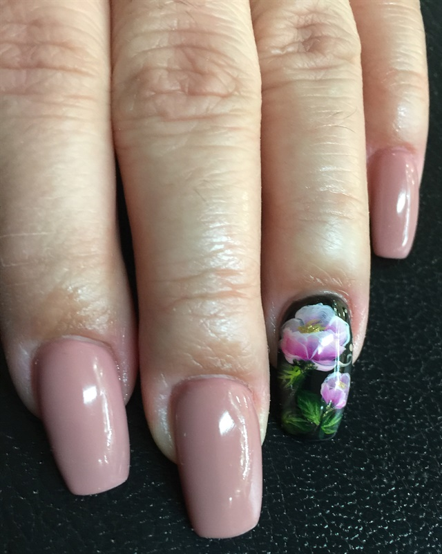 Day 137: Tropical Flowers Nail Art - - NAILS Magazine