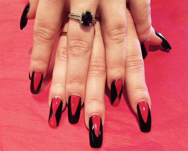 Day 36: Queen of Hearts Nail Art - - NAILS Magazine