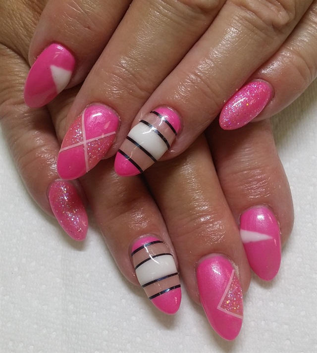 Day 41: Pretty In Pink Nail Art