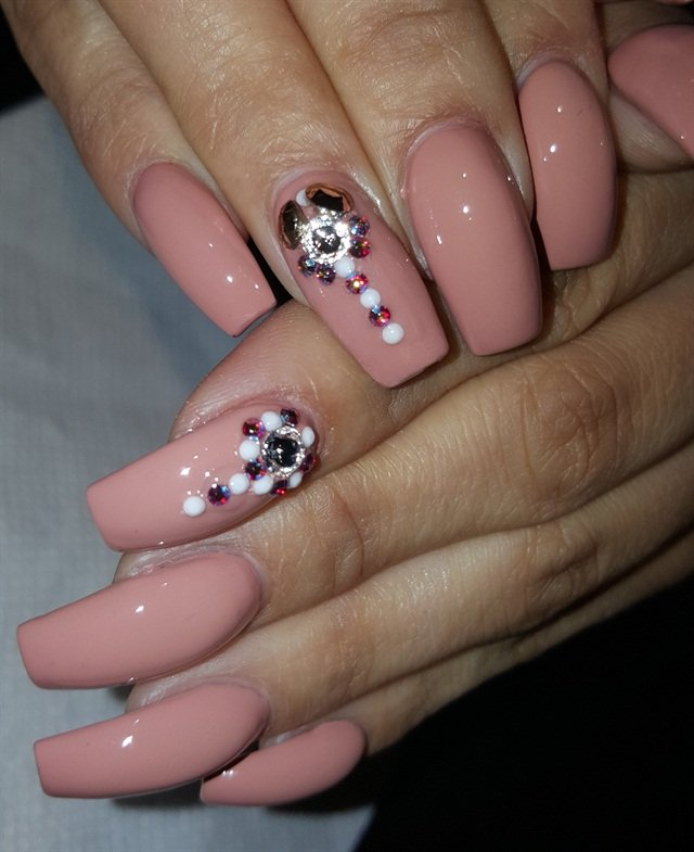 Day 91: Subtle Embellishment Nail Art - - NAILS Magazine