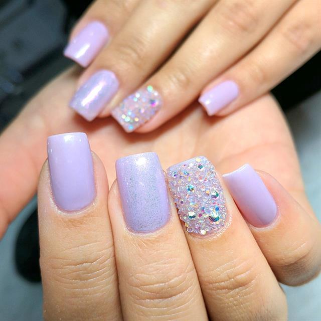 Day 147 Violet Glitter Nail Art