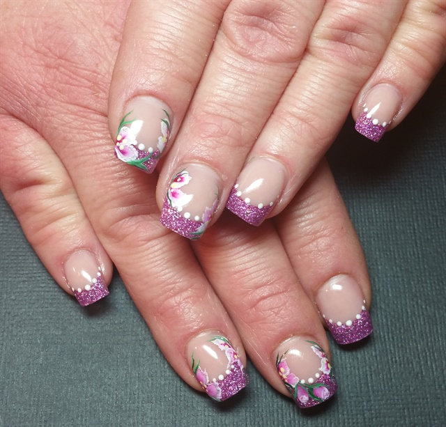 Day 181 Flowers Feathers Gold Nail Art Nails Magazine