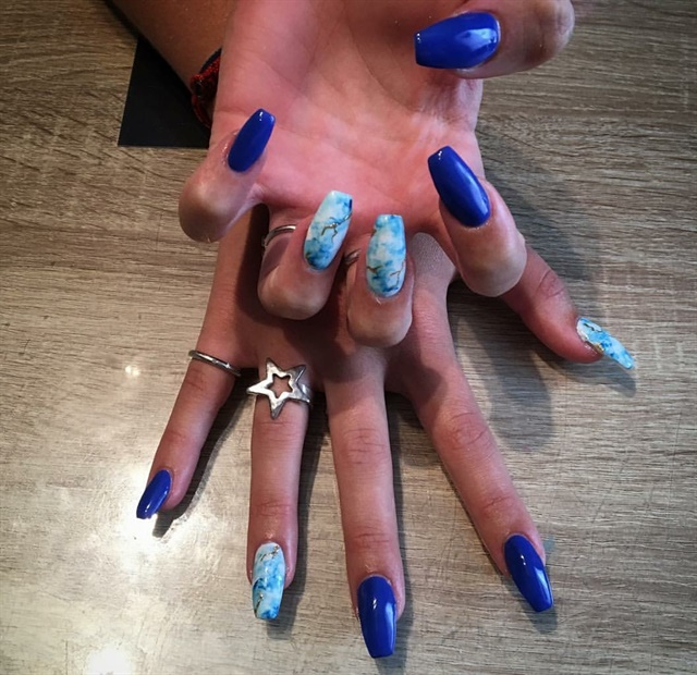 Day 195: Blue Marble Nail Art - Day 195: Blue Marble Nail Art - - NAILS Magazine