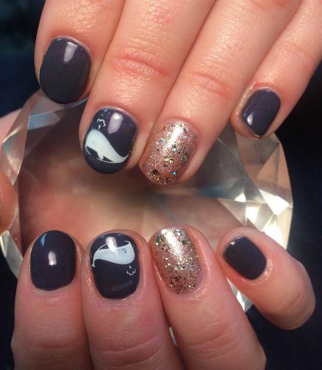 Q Riouser Q Riouser Nail Art: Day 20: Whale Nail Art