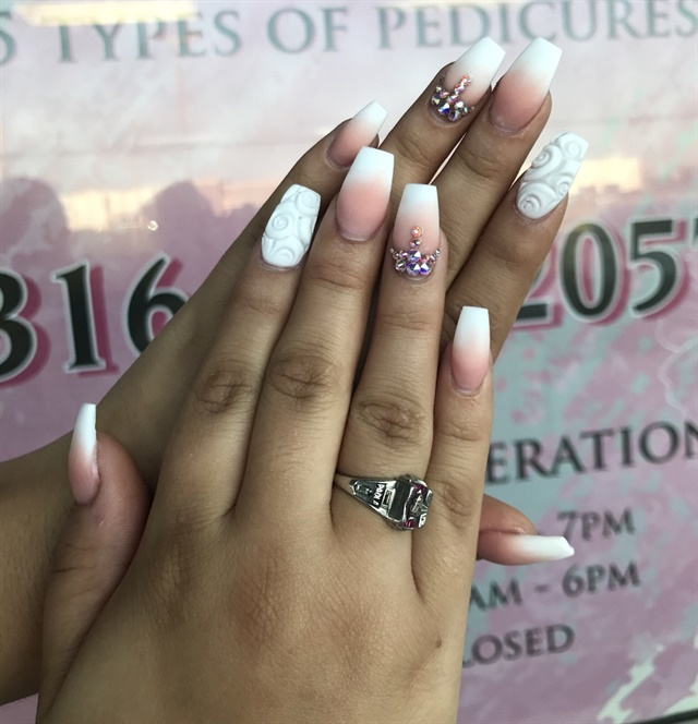 Day 267 matte ombre nail art nails magazine danny phan designer nail salon wichita kan prinsesfo Image collections