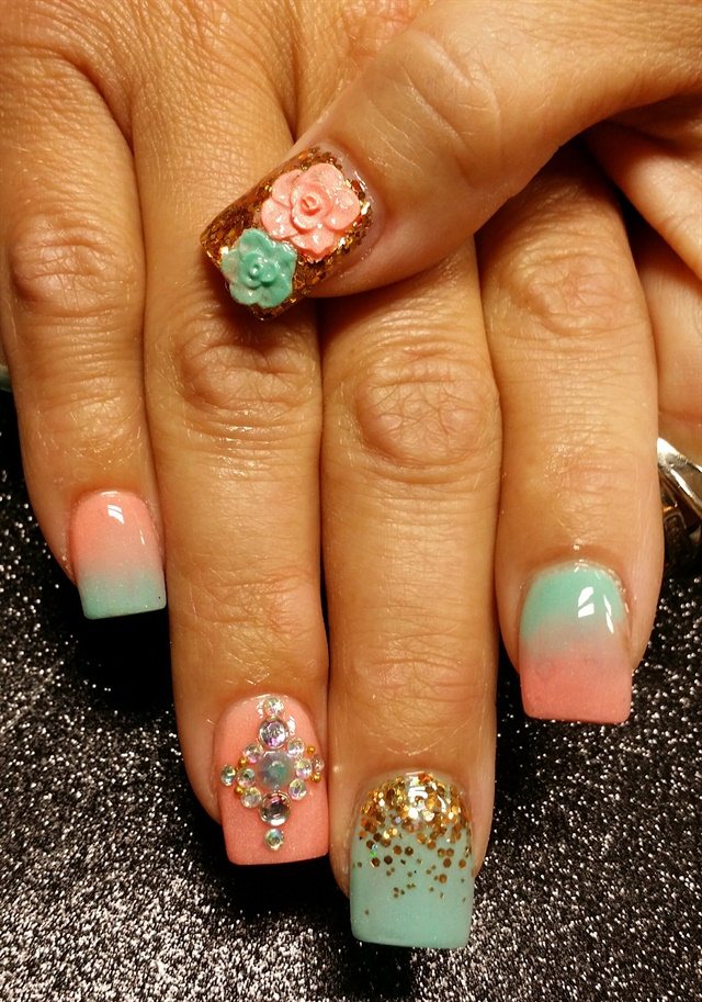 - Day 29: Mint & Peach Nail Art - - NAILS Magazine