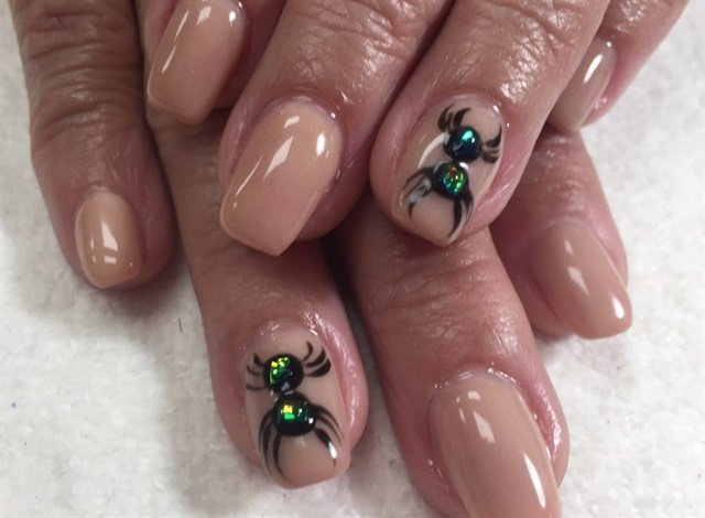 Rosa Vargas, Palm Springs, Fla. - Day 293: Spider Nail Art - - NAILS Magazine