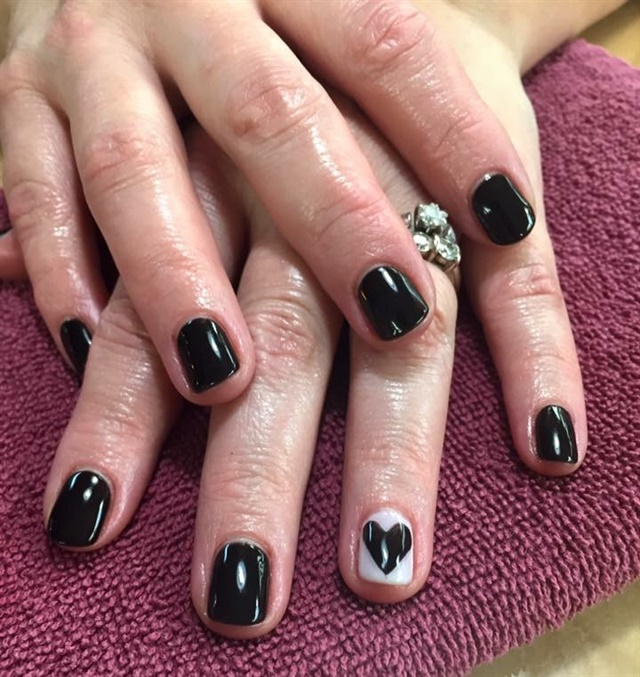 Day 37 black heart nail art nails magazine maddie williams village hair and spa sioux falls sd prinsesfo Image collections