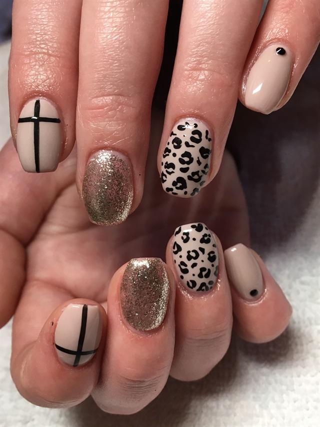 Day 68 Beige Black Nail Art Nails Magazine
