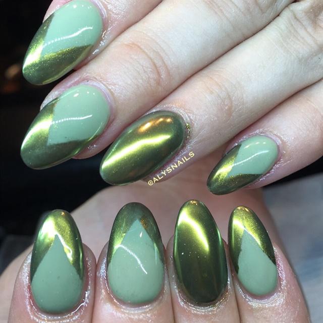 Day 73: Green Chrome Nail Art - - NAILS Magazine