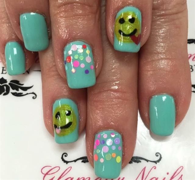 Day 10: Emoji Nail Art - - NAILS Magazine