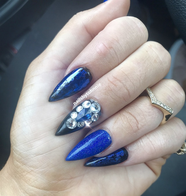 Day 112: Chrome and Foil Blues Nail Art - - NAILS Magazine