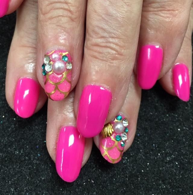Day 118: Mermaid Pearls Nail Art - - NAILS Magazine