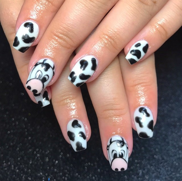 Day 181 Cute Cow And 3 D Flower Nail Art Nails Magazine