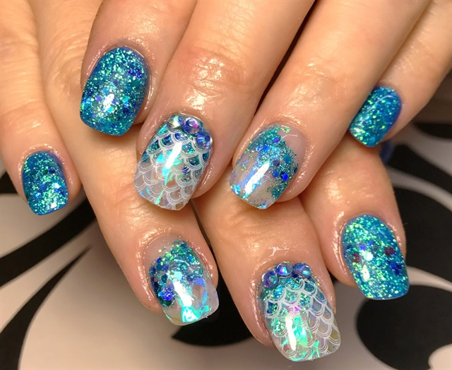 Day 22 Scales Sparkle Nail Art Nails Magazine