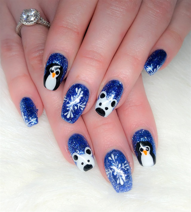 day 352 penguin polar bear and snowman nail art. Black Bedroom Furniture Sets. Home Design Ideas