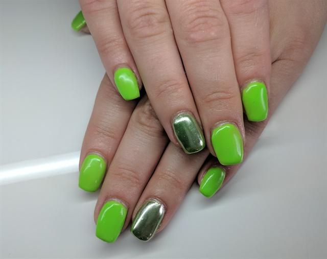 Day 69: Green Chrome Accent Nail Art - - NAILS Magazine