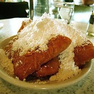 <p>Beignets from the acclaimedCafé Du Monde. <em>Photo via Wiki images</em></p>