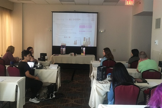 <p>Lisa conducted class in a casual, comfortable atmosphere that allowed attendees to relax and feel open about asking questions.</p>