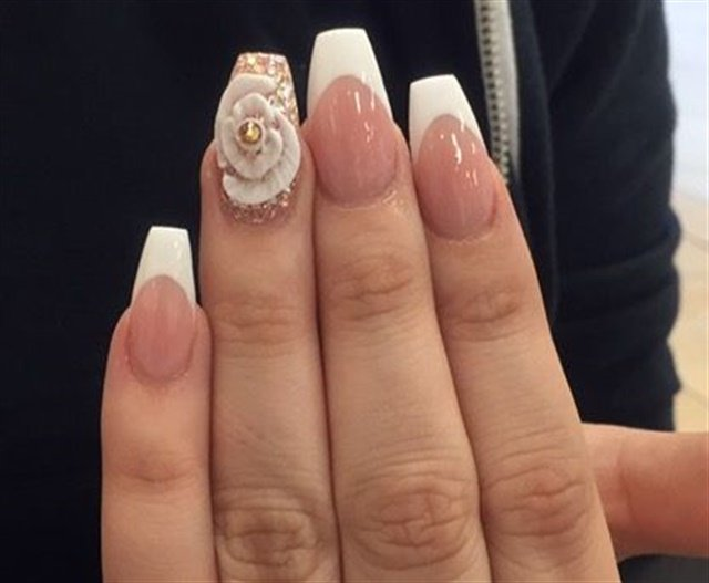 Day 150 dazzling french nail art nails magazine prinsesfo Image collections