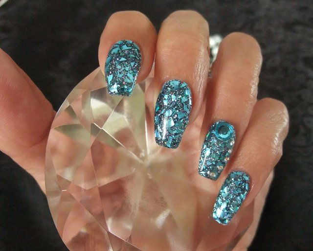 Day 177 blue broken glass nail art nails magazine prinsesfo Choice Image