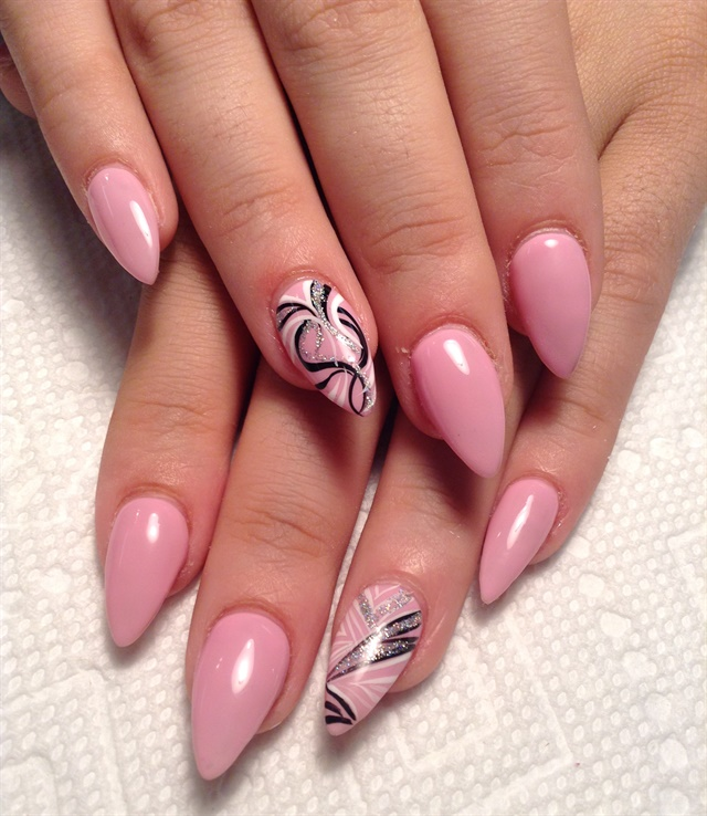 Day 218: Pink & Red Pointy Nail Art - - NAILS Magazine