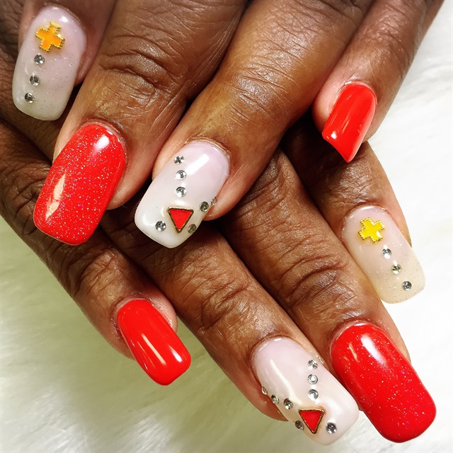 Day 220: Primary Colors Nail Art - - NAILS Magazine