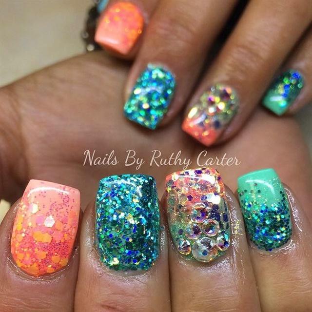 Day 234 Gobs Of Glitter Nail Art Nails Magazine