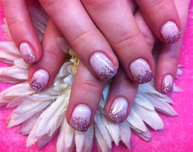 Day 249: Pink & Purple Nail Art - - NAILS Magazine