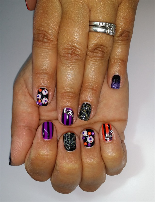 Day 287: Scary Good Halloween Nail Art - - NAILS Magazine