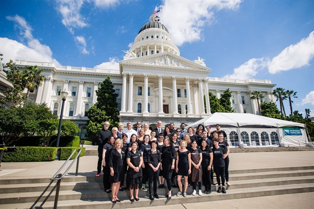 <p>PBFC's W.O.W team assembles on the steps of the State Capitol Building.</p>