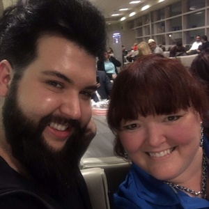 <p>I grabbed a selfie with Nellie at ABS Chicago.</p>