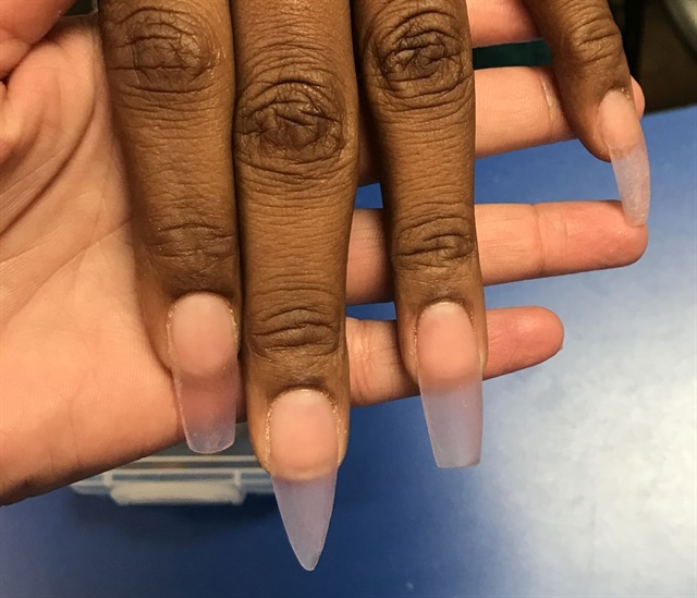 <p>Loving these sculpted nails I did on my classmate.</p>