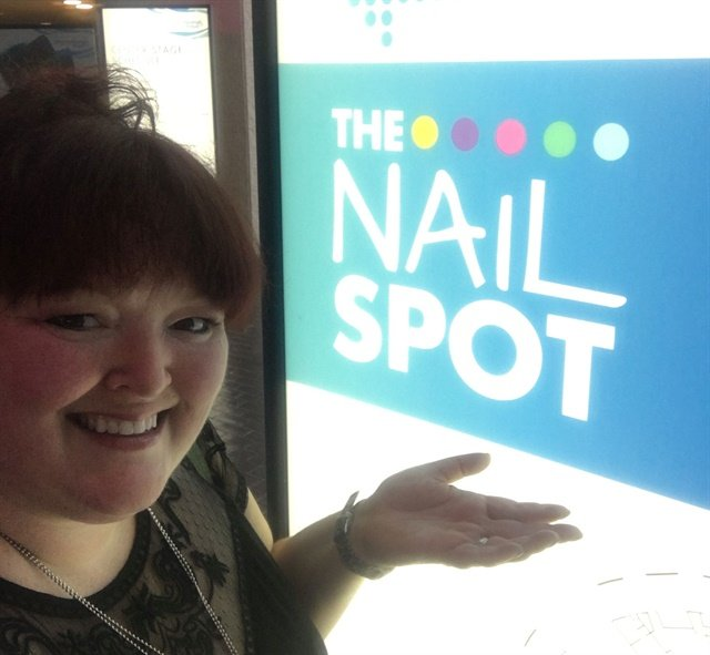 There were signs to direct techs to the Nail Spot. What would help make it easier to find?