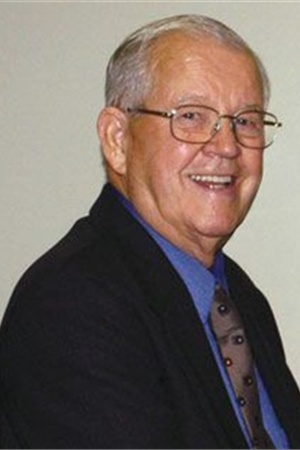 <p>Bob Upshaw, who co-founded the electric file manufacturer KUPA, passed away.</p>