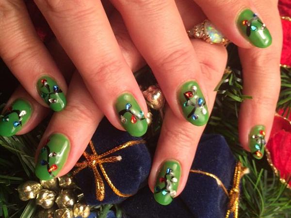 "<p>Nails by <a href=""https://www.facebook.com/GetnaildByJenn"">Get Nail'd by Jenn</a></p>"