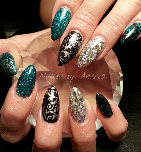 day 10  bold nail art -