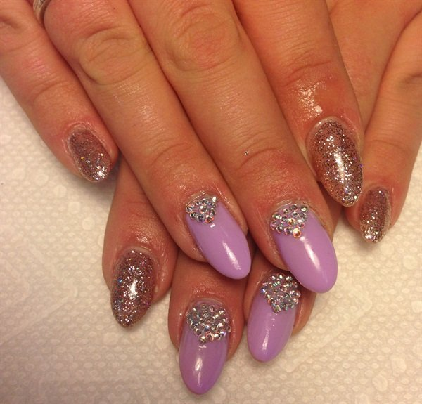 Day 106: Lilac Sparkle Nail Art - - NAILS Magazine