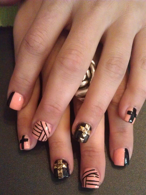 Day 115 cross nail art nails magazine day 115 cross nail art prinsesfo Gallery