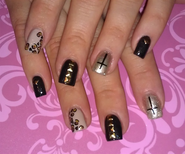 Day 115 cross nail art nails magazine prinsesfo Images