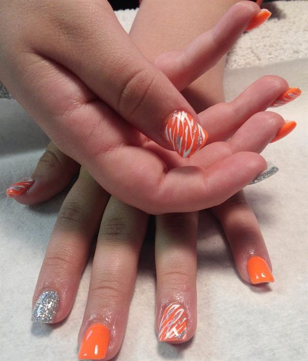 Day 261: Tropical Colors Nail Art - - NAILS Magazine