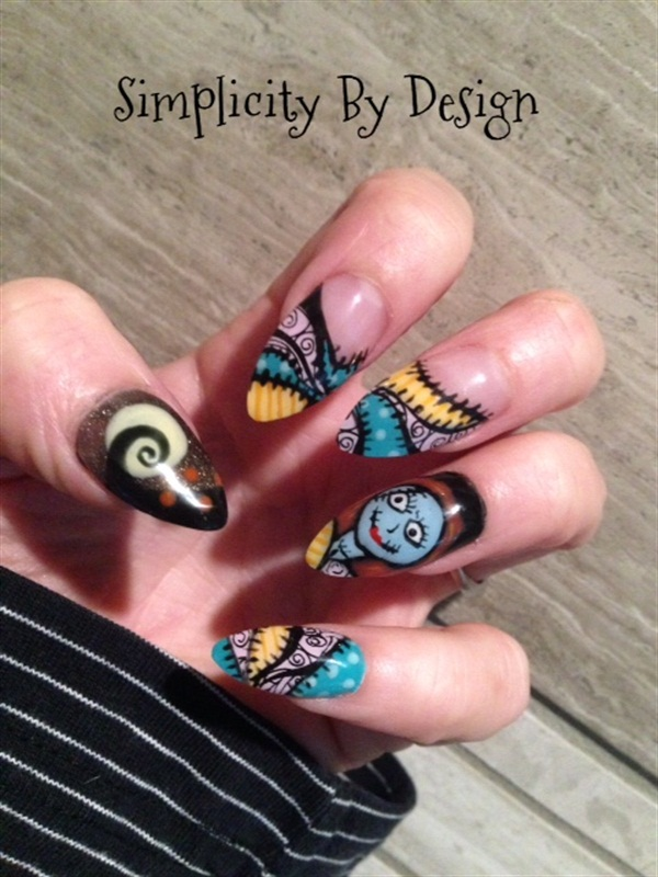Day 304: Halloween Nail Art - - NAILS Magazine